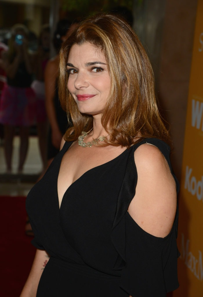 Laura San Giacomo Makeup Photos