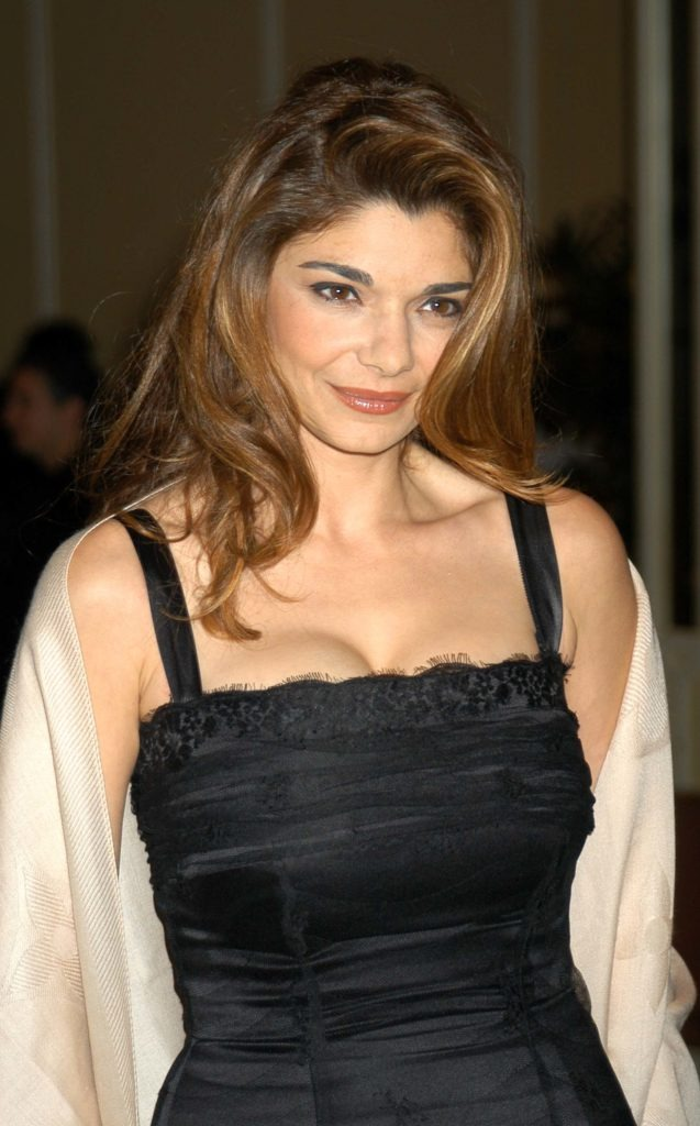 Laura San Giacomo Topless Wallpapers