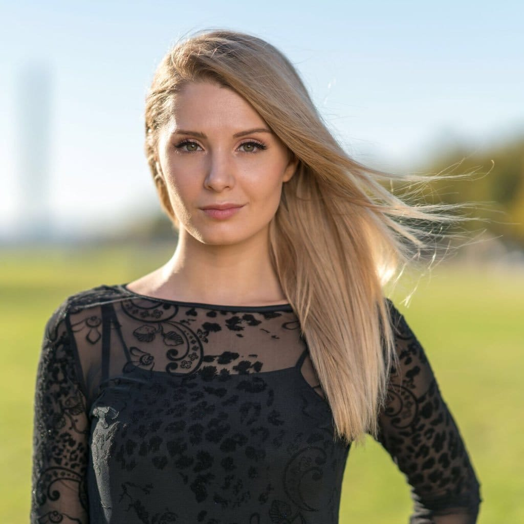 Lauren Southern Hair Style Wallpapers