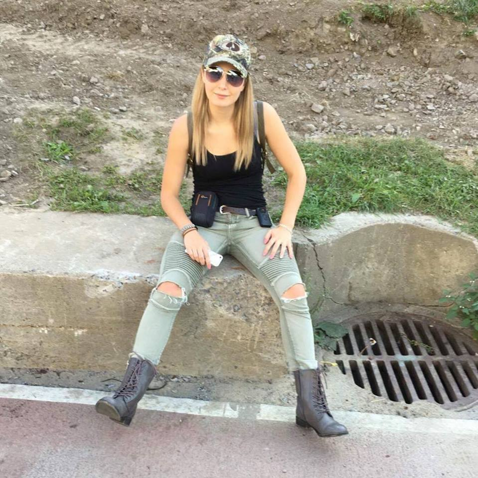 Lauren Southern Jeans Pictures