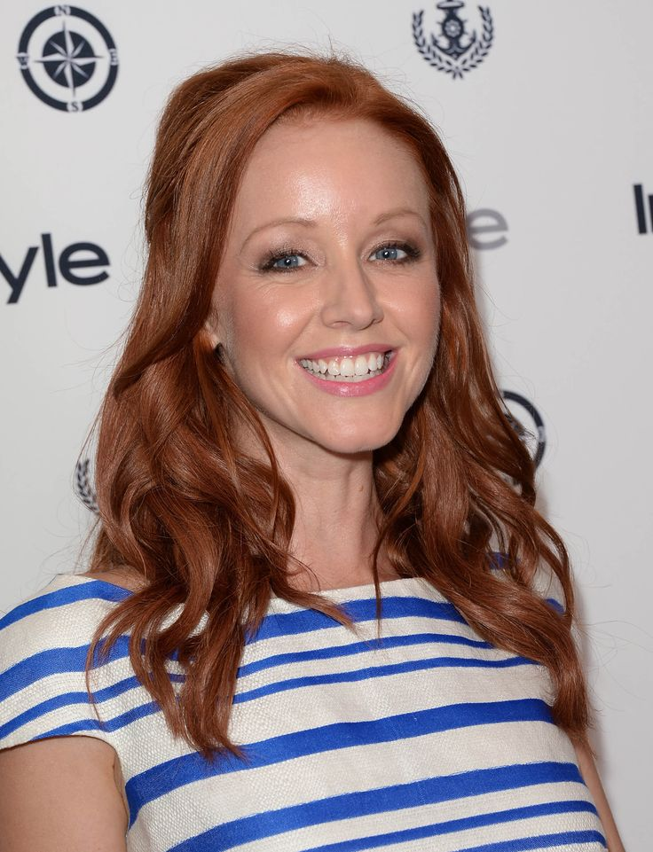 Lindy Booth Makeup Photos