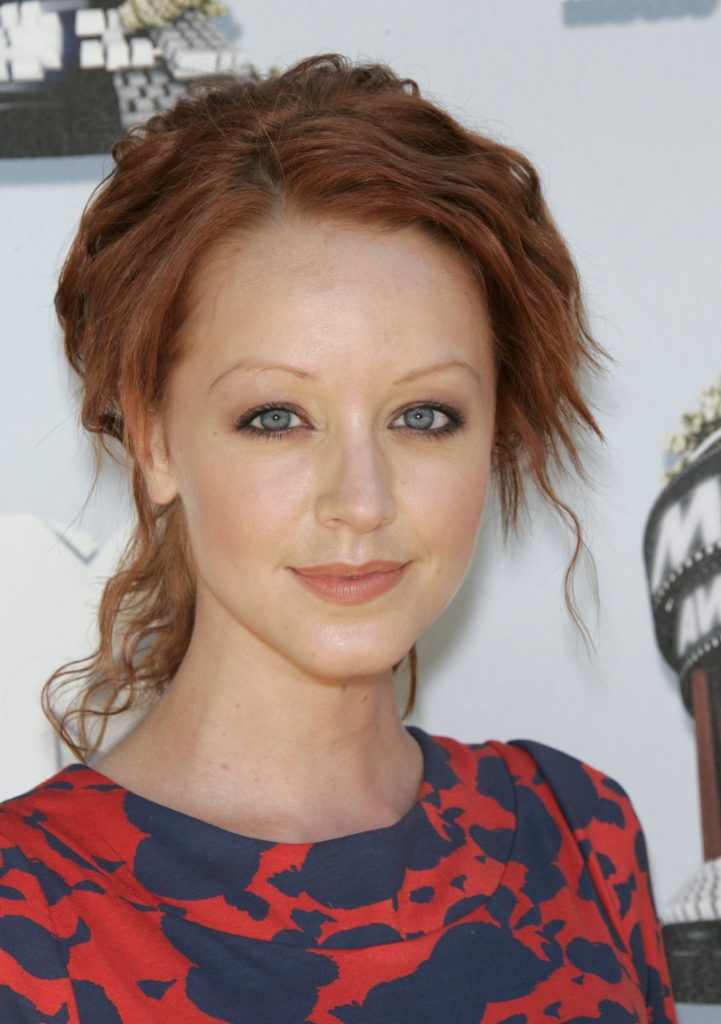Lindy Booth Sexy Eyes Photos