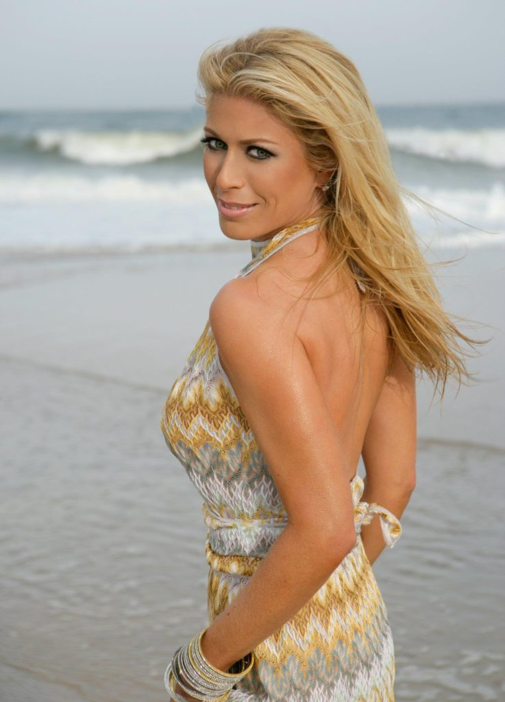 Lori Greiner Backless Images At Beach