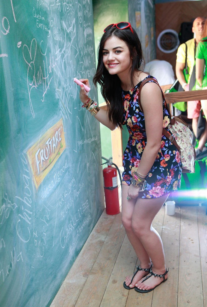 Lucy Hale Shorts Wallpapers