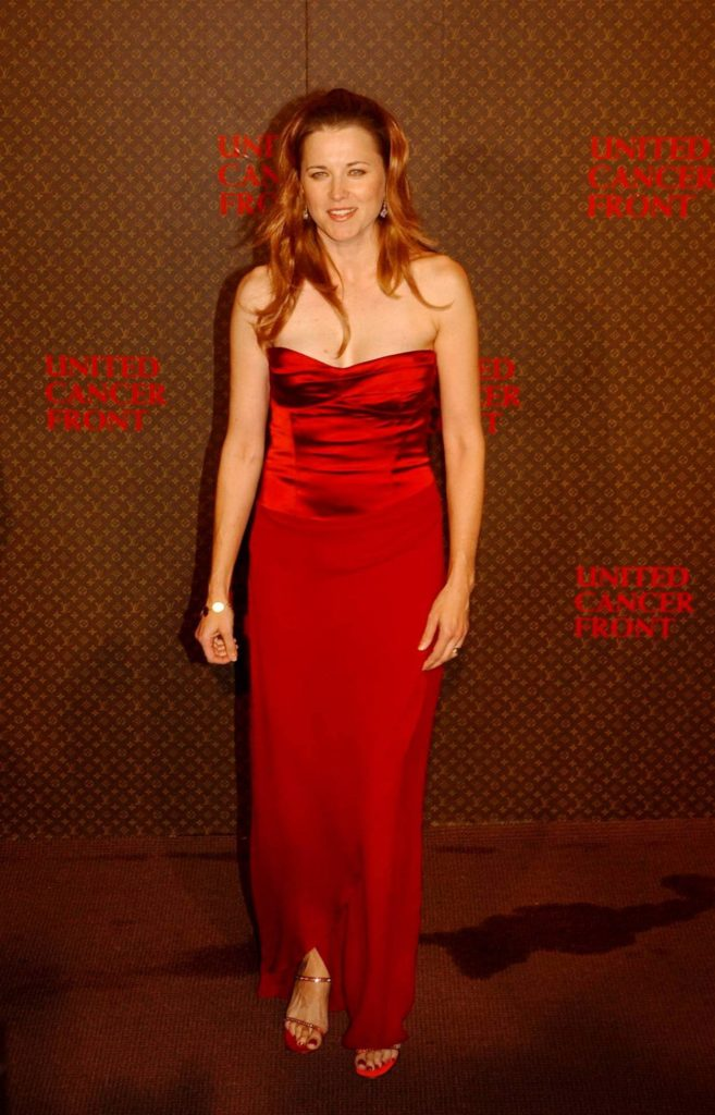 Lucy Lawless Topless Photos