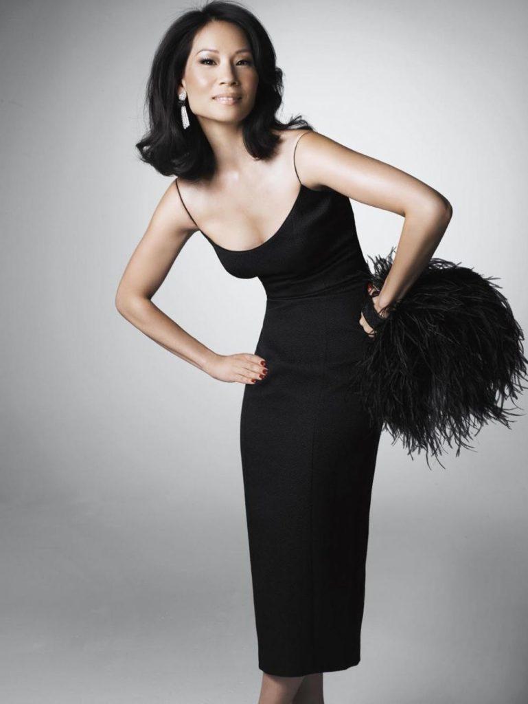 Lucy Liu Without Bra Photos