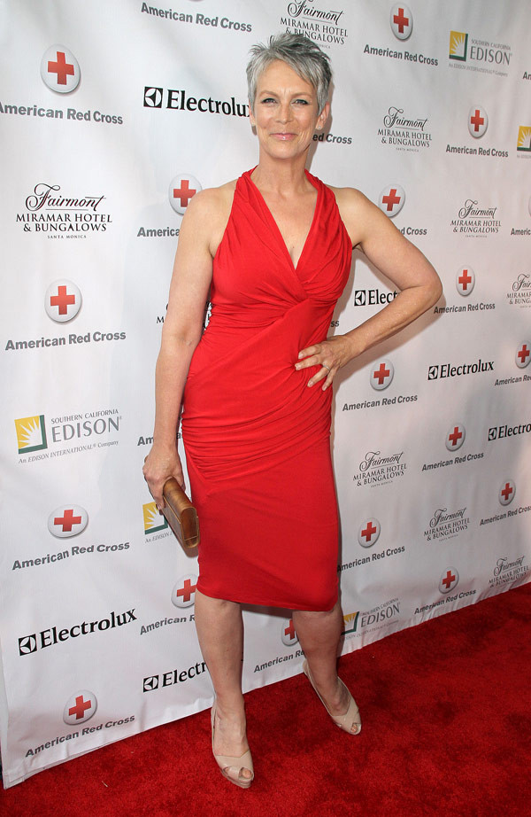 Jamie Lee Curtis Legs Pictures