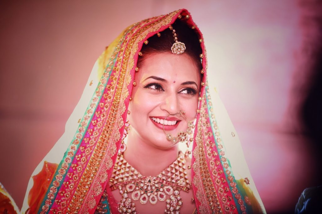Divyanka Tripathi Smiling Photos