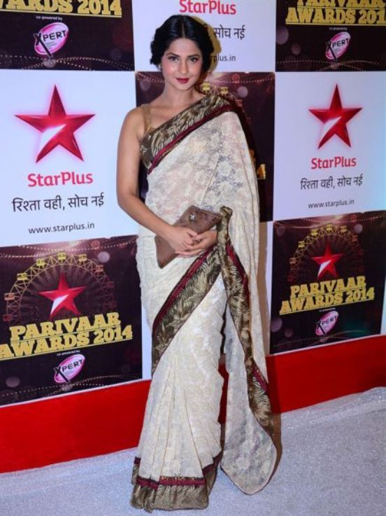 Jennifer Winget Pictures In White Saree