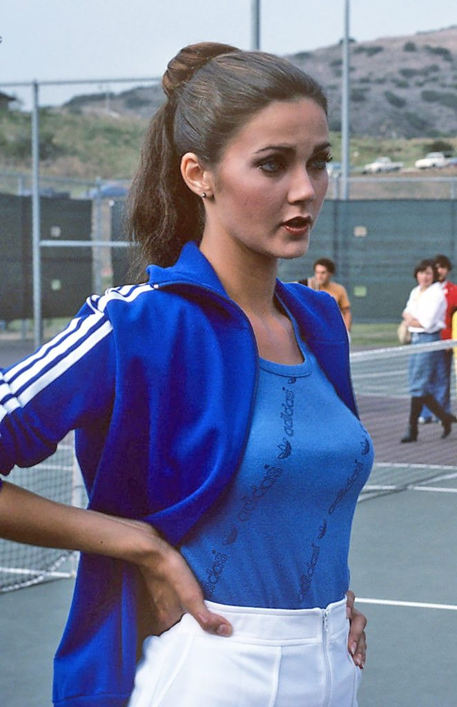 31 Hottest Lynda Carter Bikini Pictures Young Supergirl In