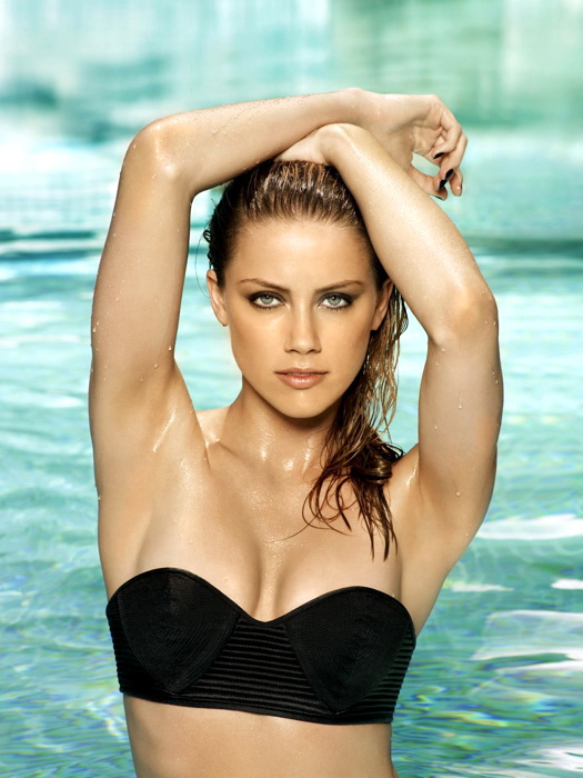 Lyndsy Fonseca Swimsuit Beach Pictures