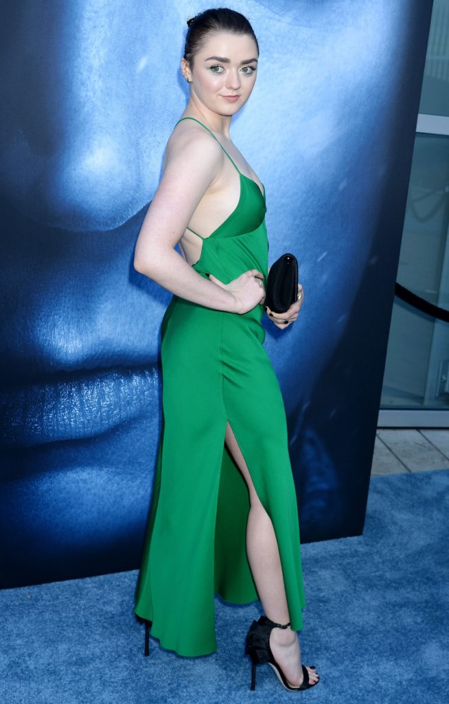 Maisie Williams Feet Pics