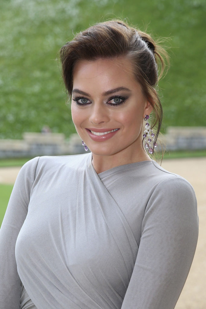 Margot Robbie Makeup Photos
