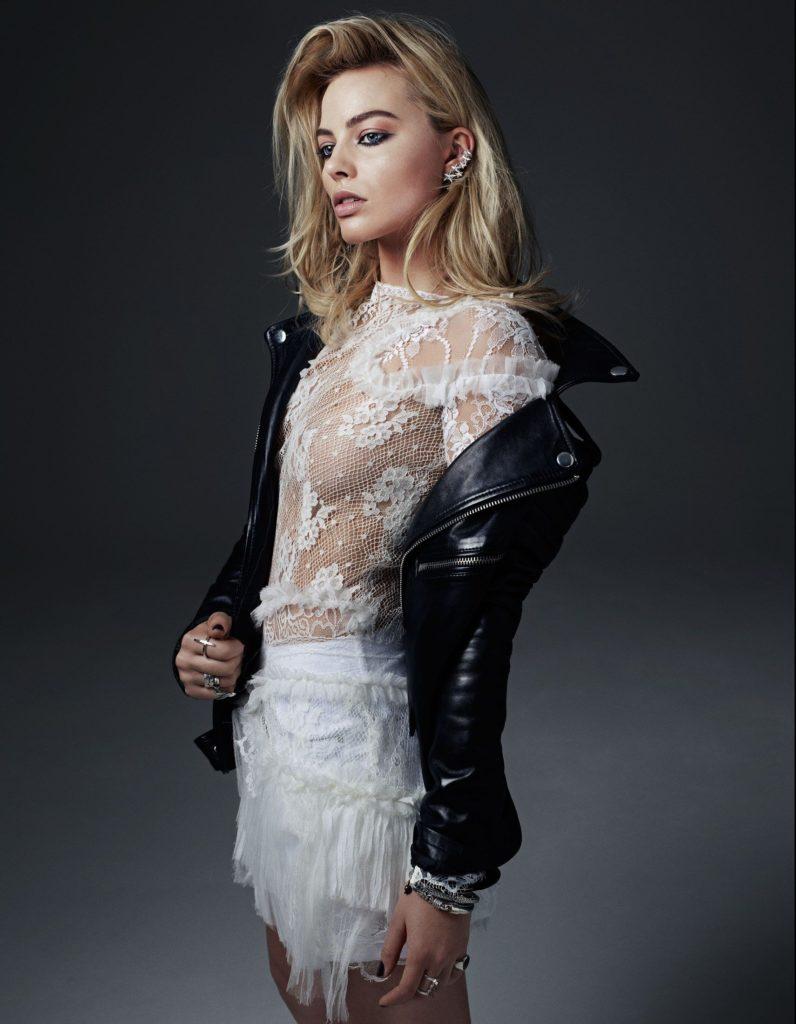 Margot Robbie Shorts Images