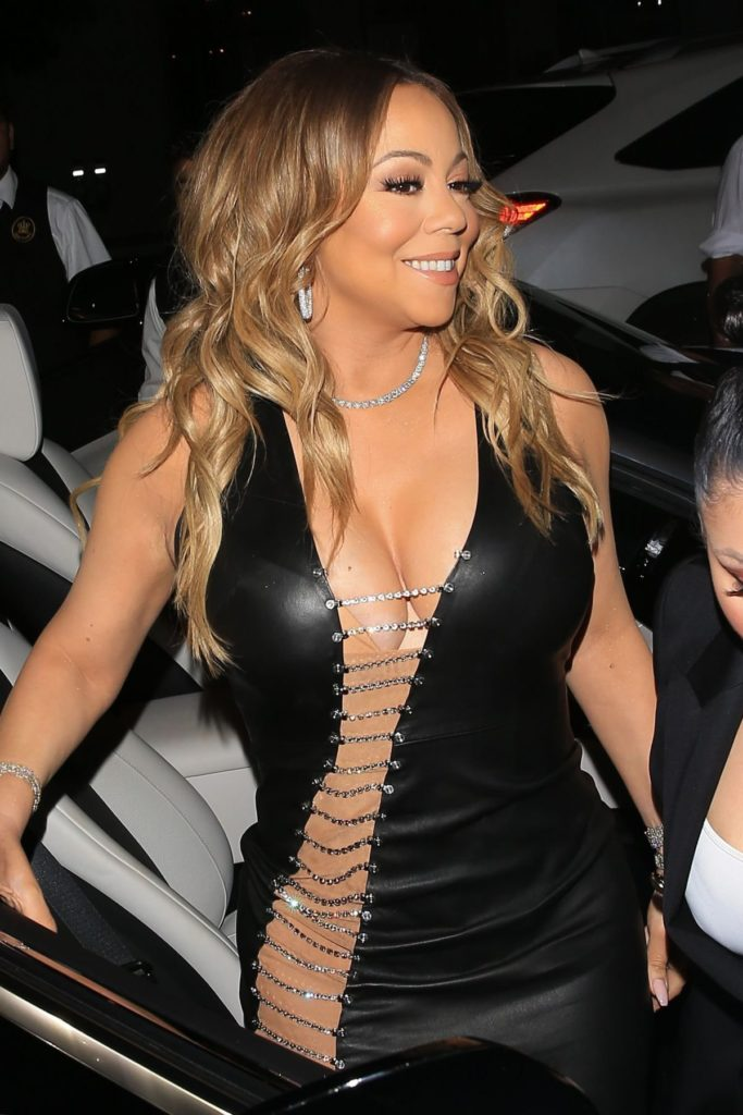Mariah Carey Bra Cleavage Pics
