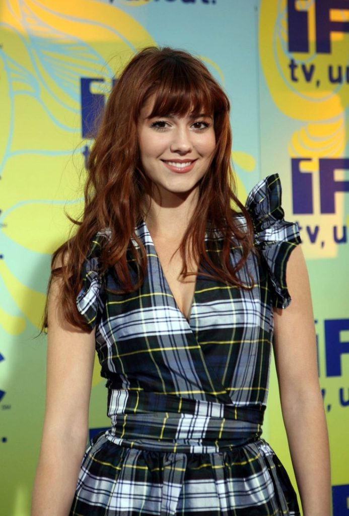 Mary Elizabeth Winstead Muscles Pics