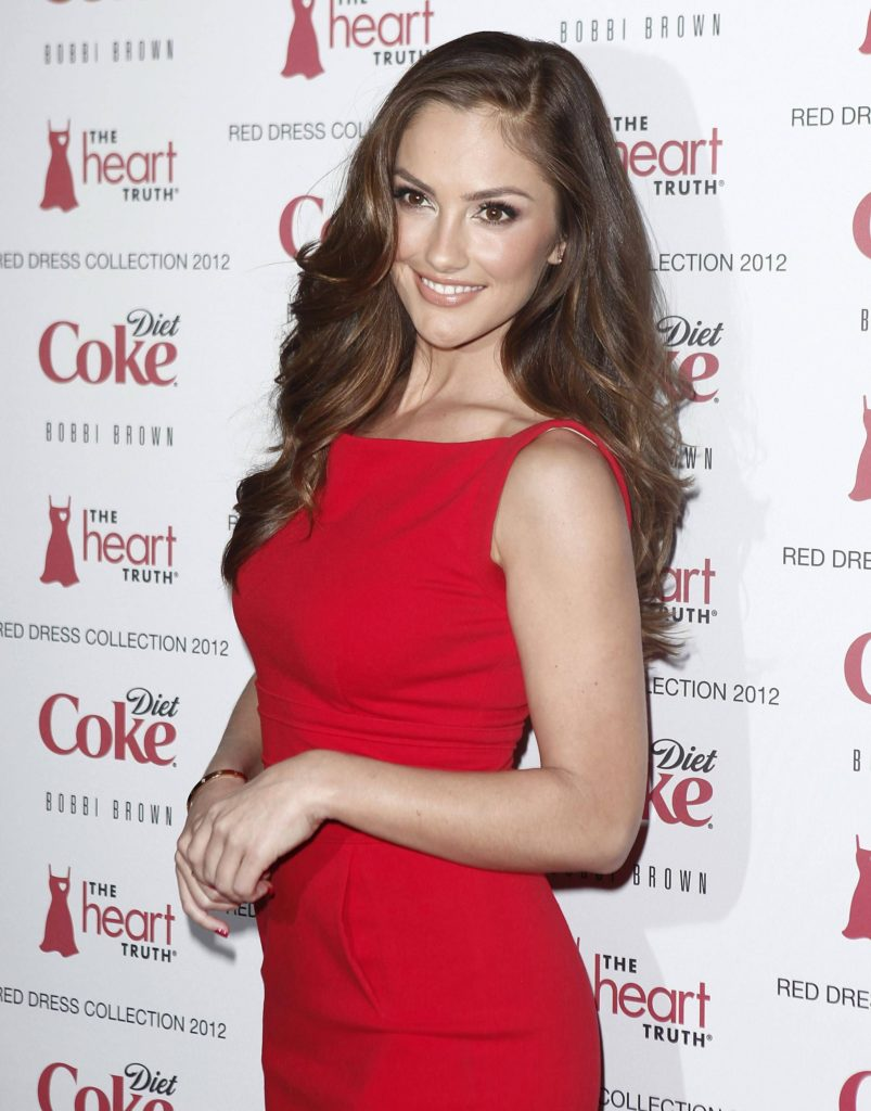 Minka Kelly Photos At Award Show