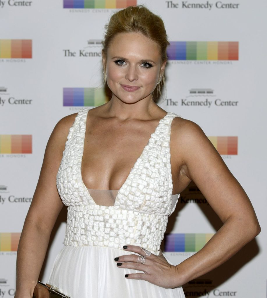 Miranda Lambert Latest Hair Style Wallpapers