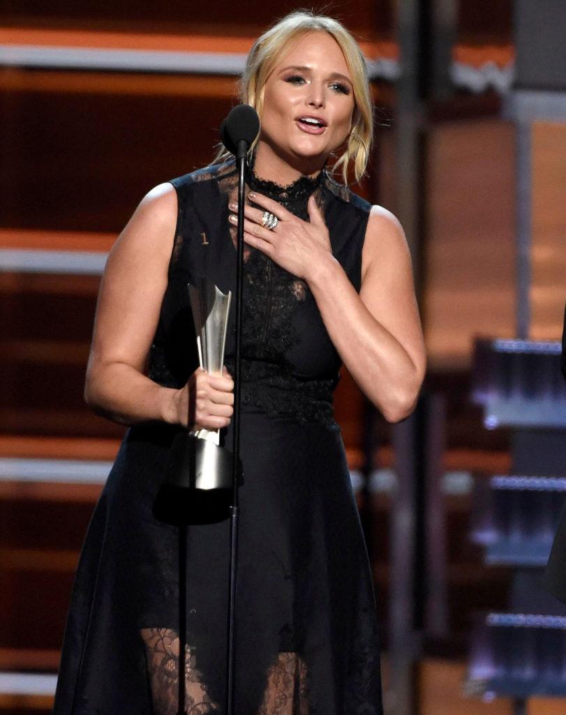 Miranda Lambert Muscles Pics
