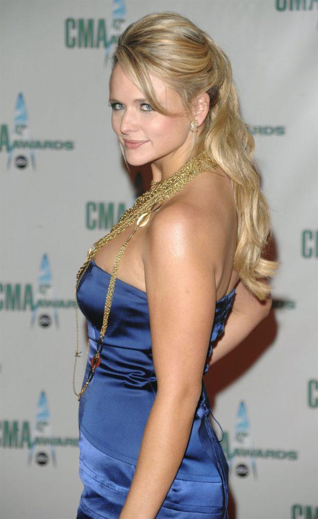 Miranda Lambert New Look Pics