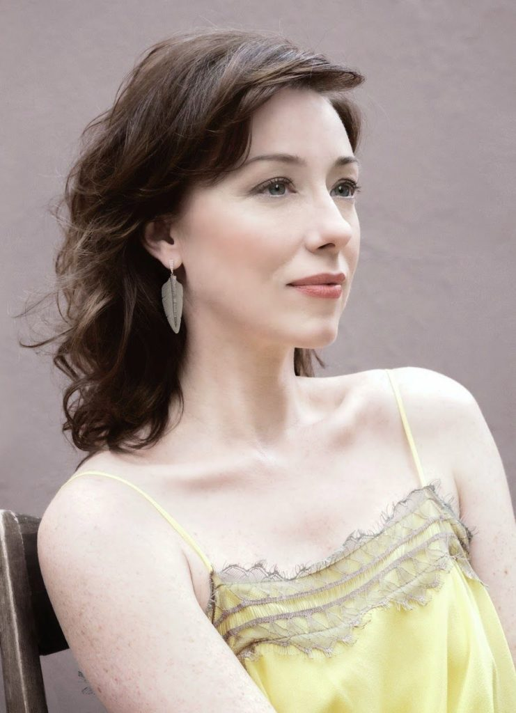 Molly Parker New Hair Cut Pics