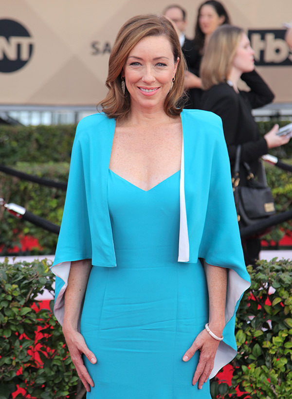 Molly Parker Pics Without Bra