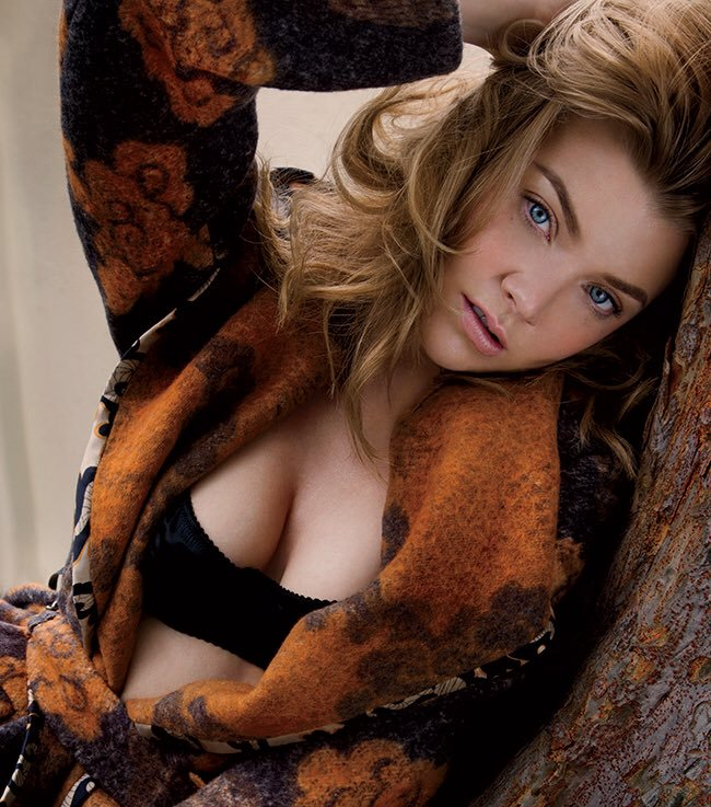 Natalie Dormer Pics Without Bra