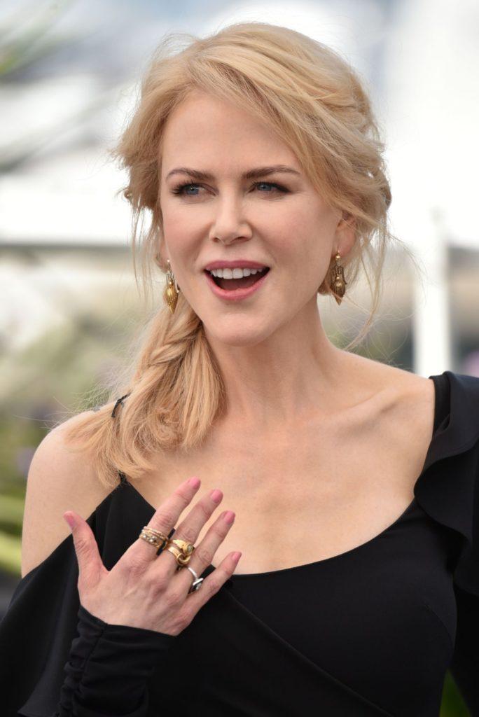 Nicole Kidman Latest Hair Style Pics