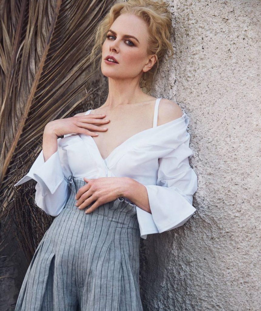 Nicole Kidman Photos Without Bra