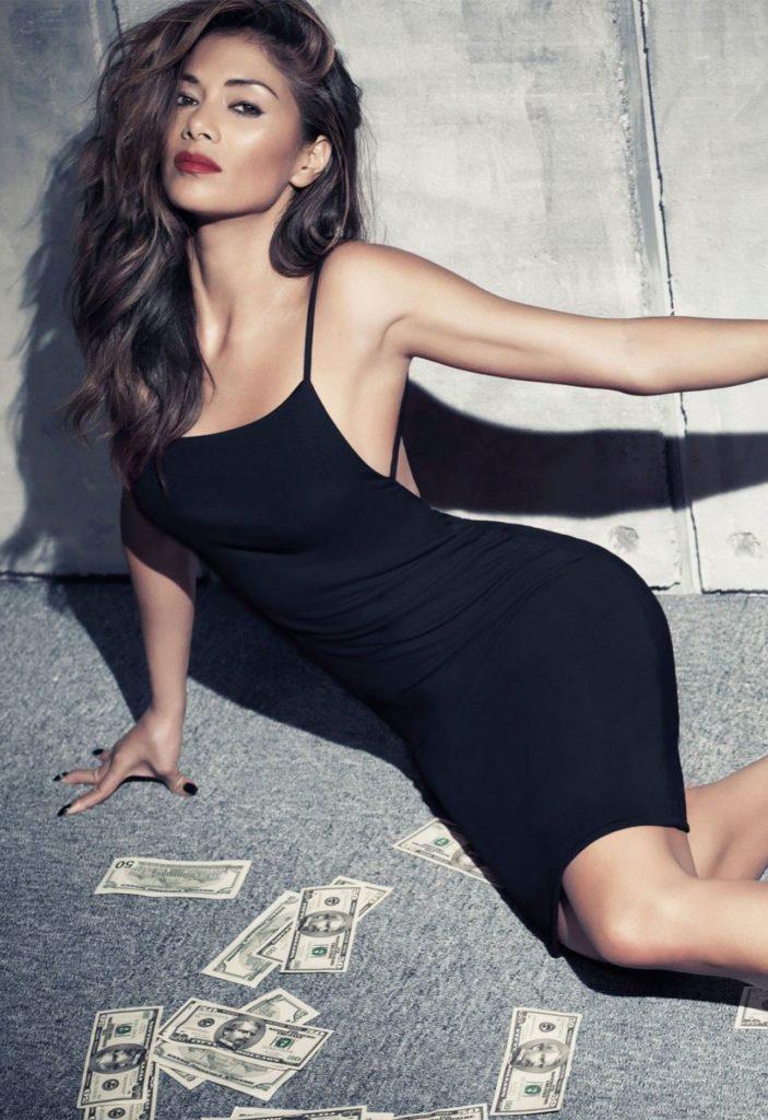 Nicole Scherzinger Bold Pics