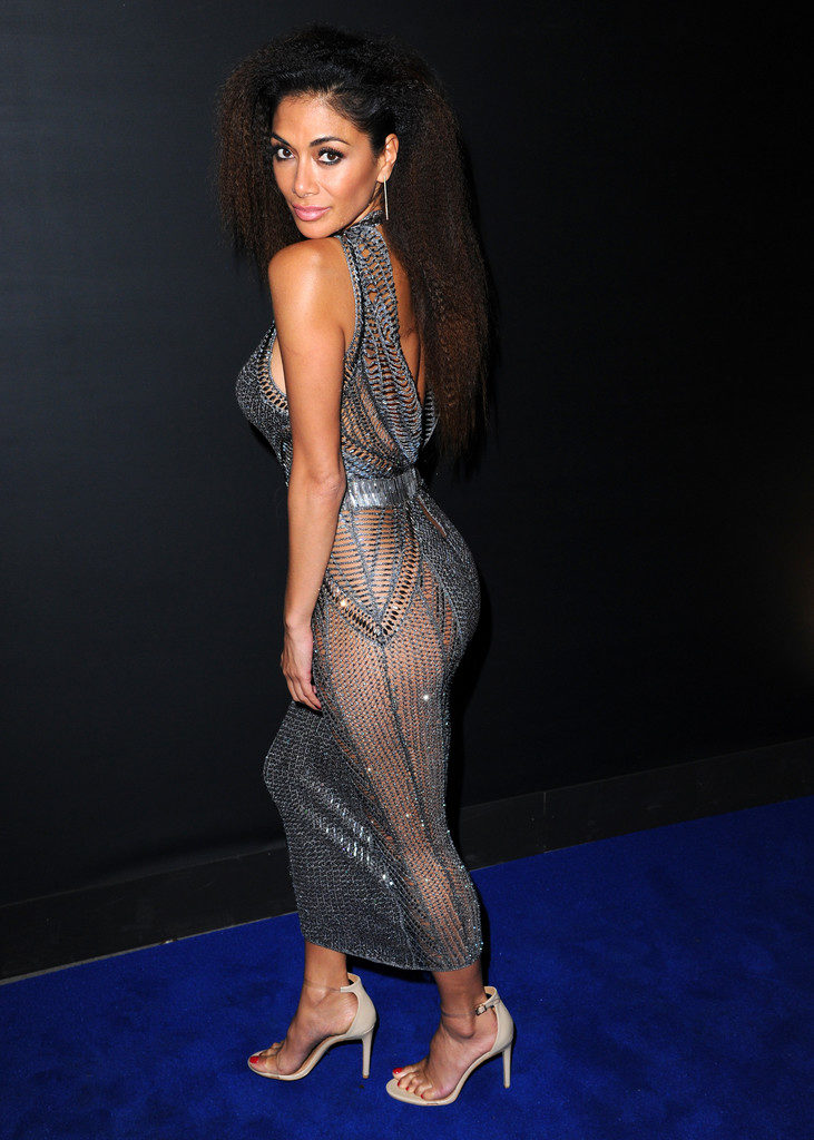 Nicole Scherzinger Hot Butt Photos