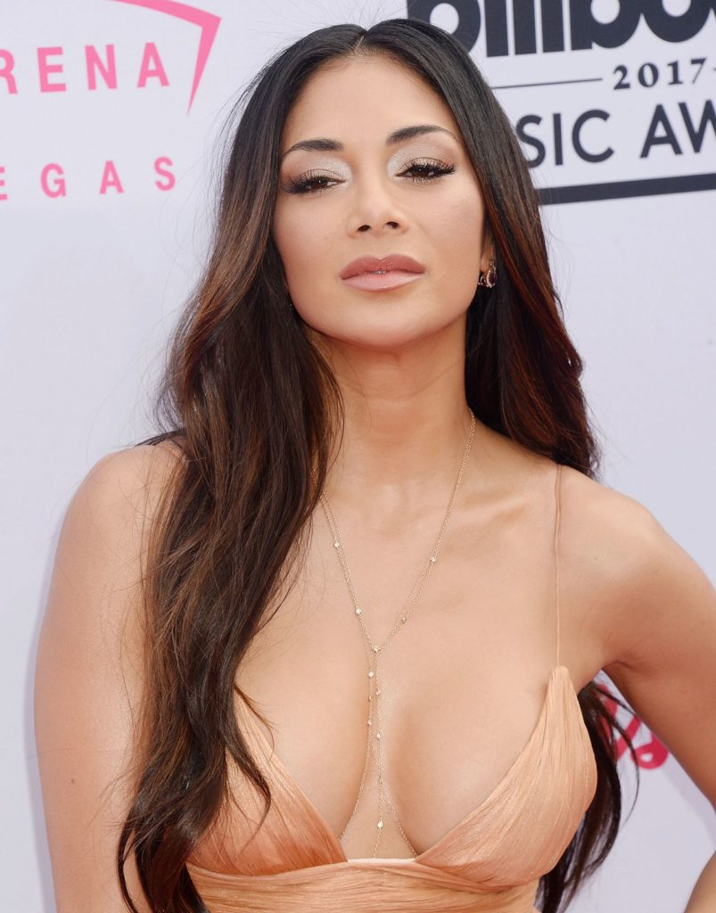 Nicole Scherzinger Hot Cleavage Pics