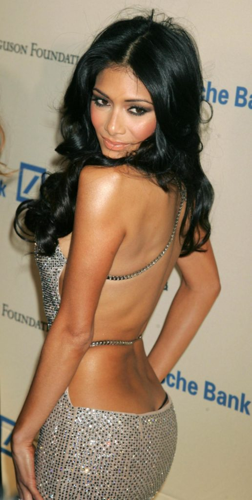Nicole Scherzinger Sexy Backside Pics