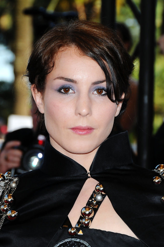 Noomi Rapace New Look Pictures