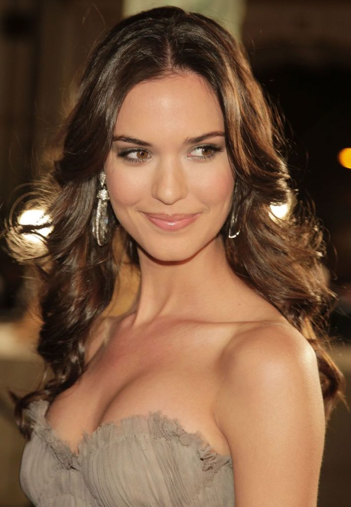 Odette Annable Hot Boobs Pics
