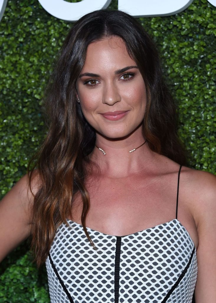 Odette-Annable-Images-732x1024.jpg
