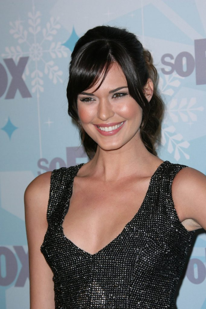 Odette Annable Muscles Pics