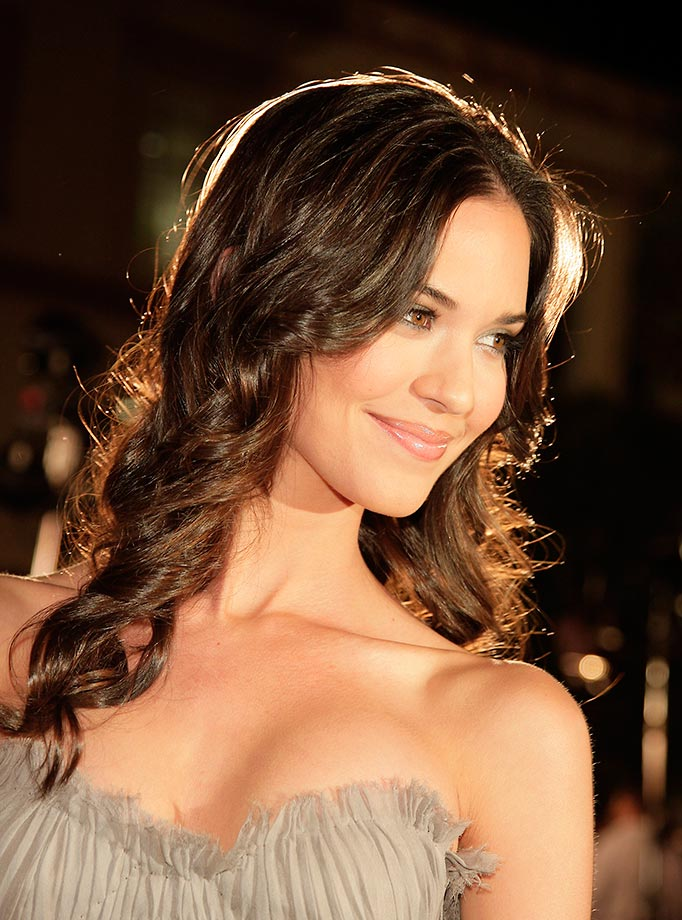 Odette Annable Oops Moment Pics