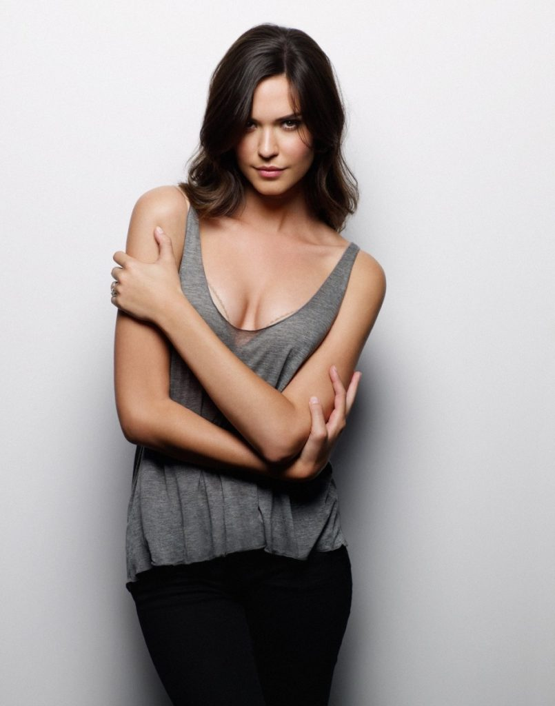 Odette Annable Photos