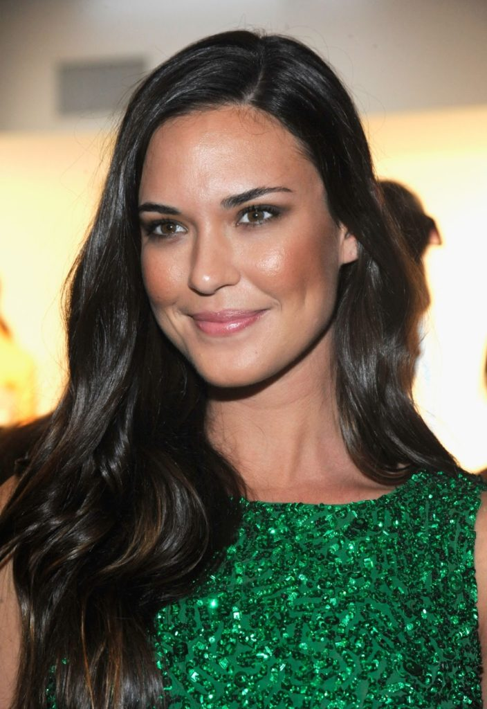 Odette Annable Smile Face Pics