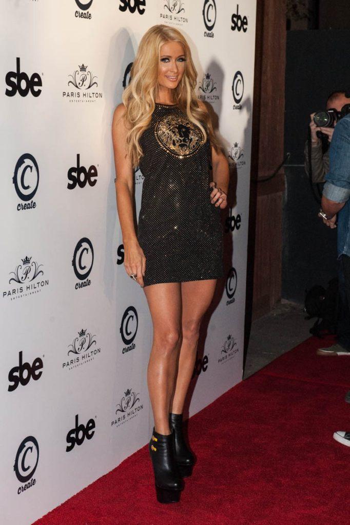 Paris Hilton Hot Legs Pictures