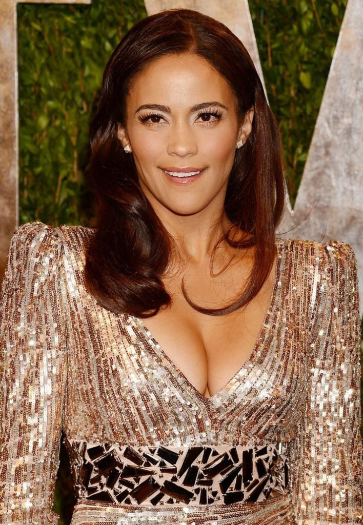 Paula Patton Hot Cleavage Photoshoots