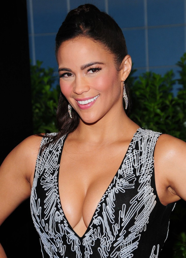 Paula Patton Photoshoots