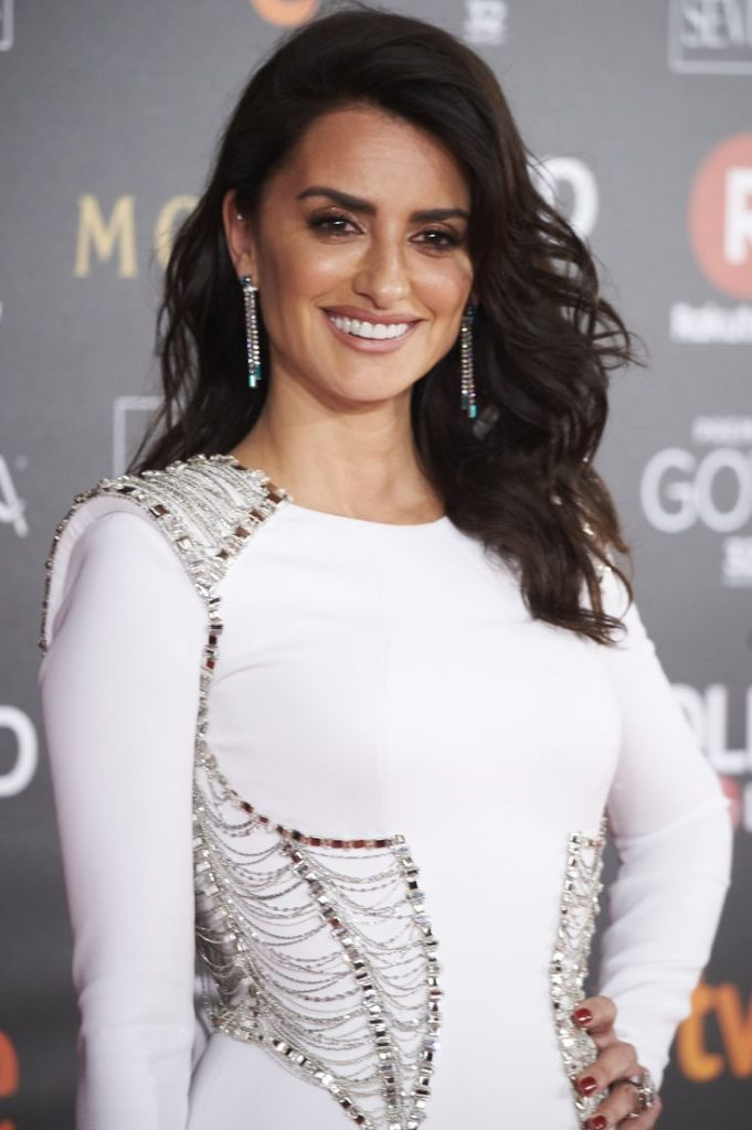 Penélope Cruz Smiling Photos