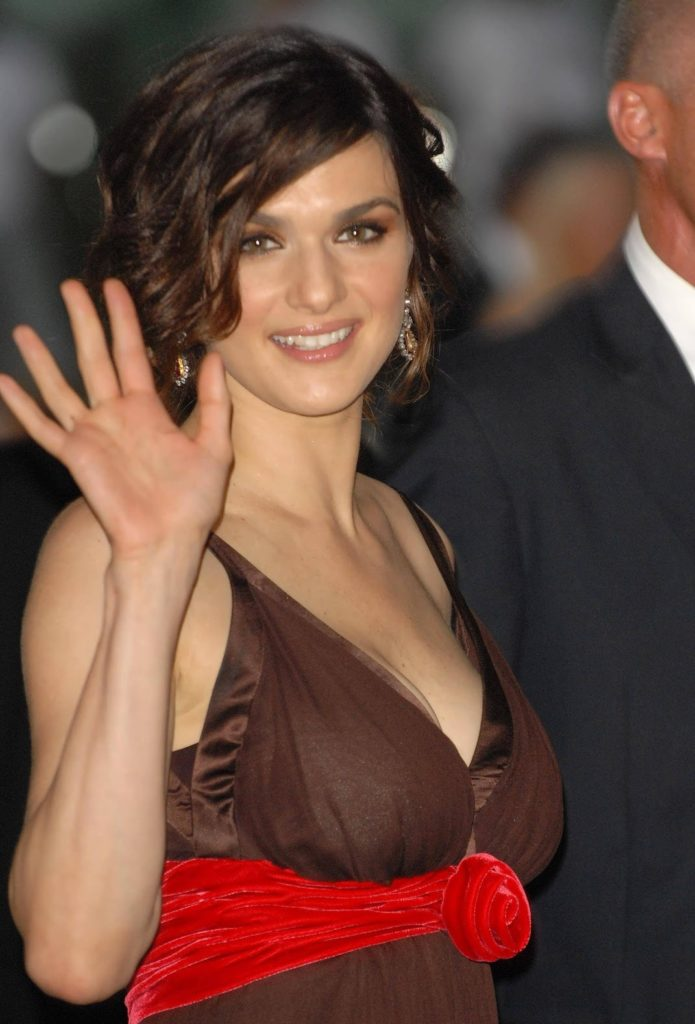 Rachel Weisz Hot Boobs Pics
