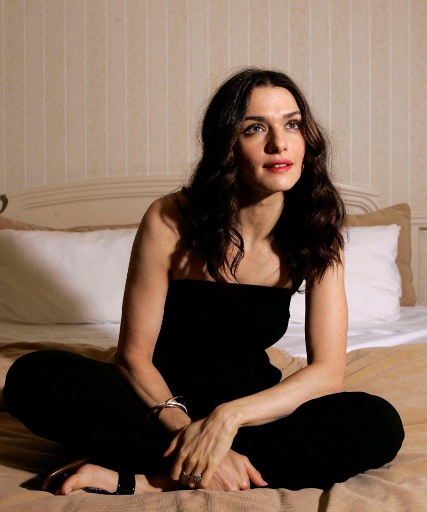 Rachel Weisz New Look Pics