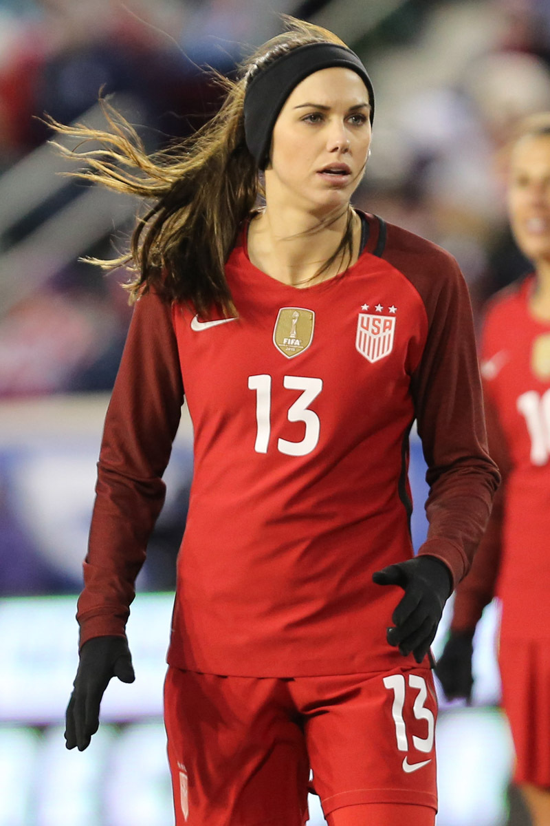 40 Hottest Alex Morgan Bikini Pictures - Show off Her Sexy