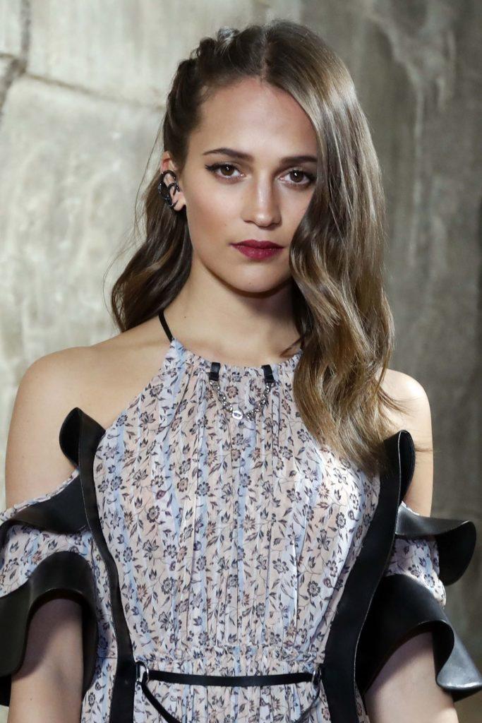 Alicia Vikander Hair Style Pics