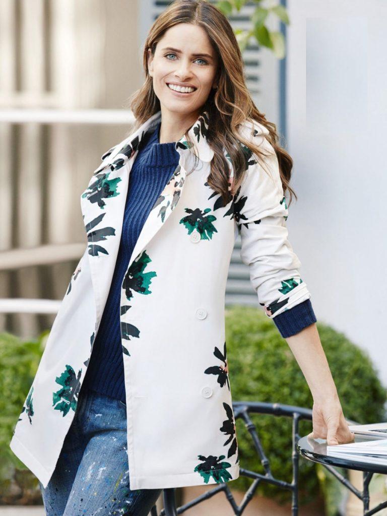 Amanda Peet Jeans Top Pictures