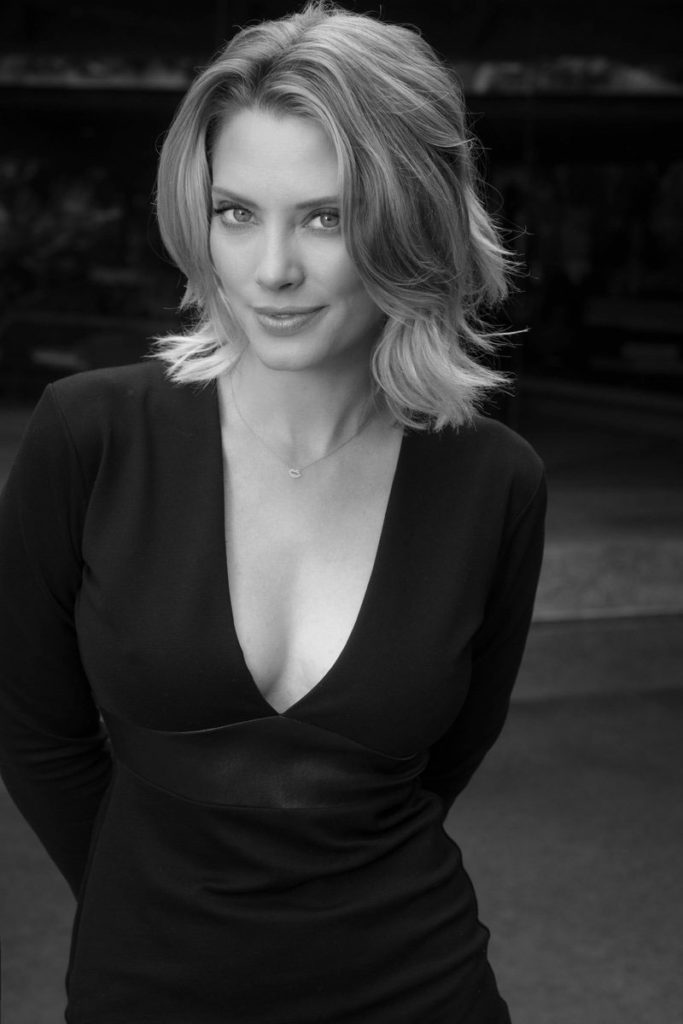 April Bowlby Without Bra Photos